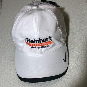 NWT White Nike golf cap unisex Sz MISC
